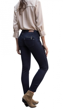 Freeman T. Porter Alexa Cropped Super Stretch Denim flora